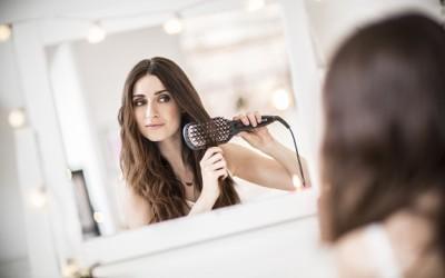 Straight Brush: capelli perfettamente lisci con un solo colpo di spazzola