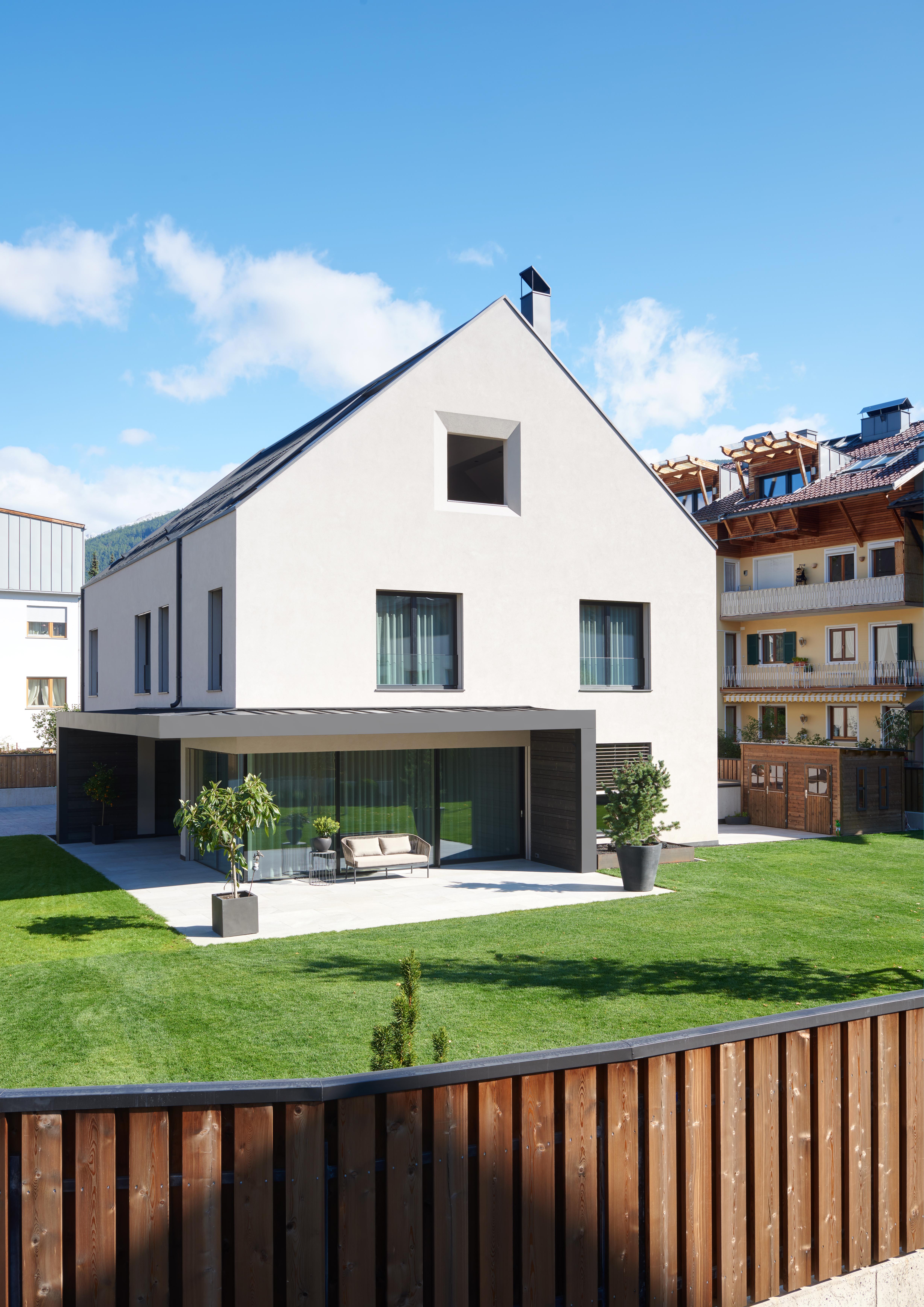 Rubner Haus: contemporaneità e sostenibilità caratterizzano una villa realizzata secondo il nuovo concept Studio, in Val Pusteria