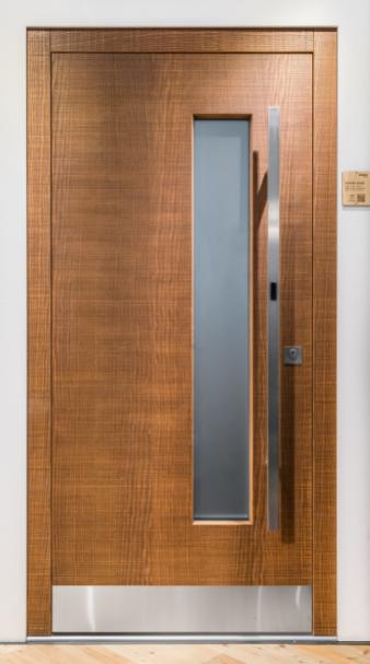 La nuova porta SMART firmata Rubner Türen Srl:  completamente sostenibile, con sblocco contact-free e apertura automatica