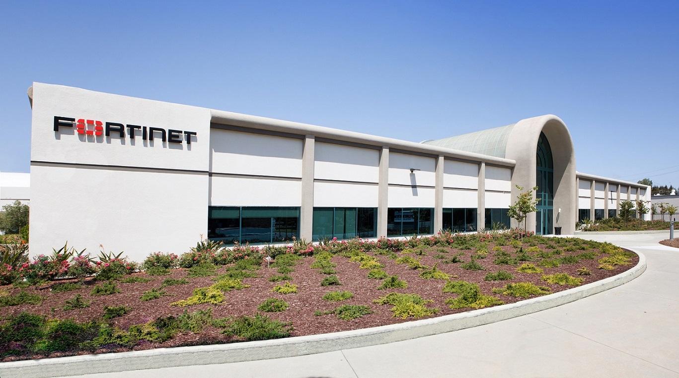 """L'infrastruttura WAN Edge di Fortinet è stata riconosciuta """"Gartner Peer Insights Customers' Choice"""" per il secondo anno consecutivo"""